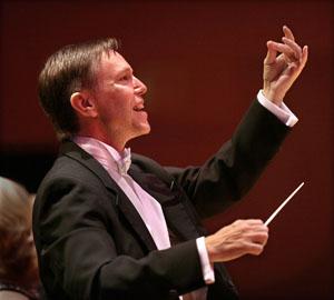 WUSun Dec16 Chorale9  Grant Gershon by Ken Hively