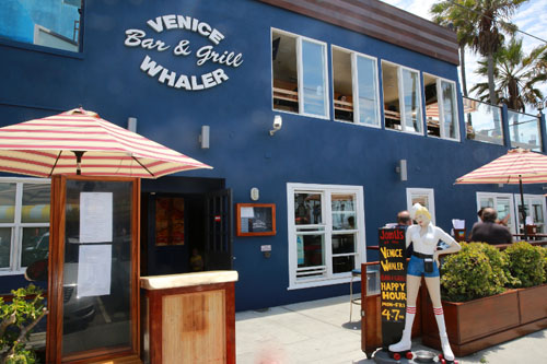 VD-Dining-VeniceWhaler-Front Exteior