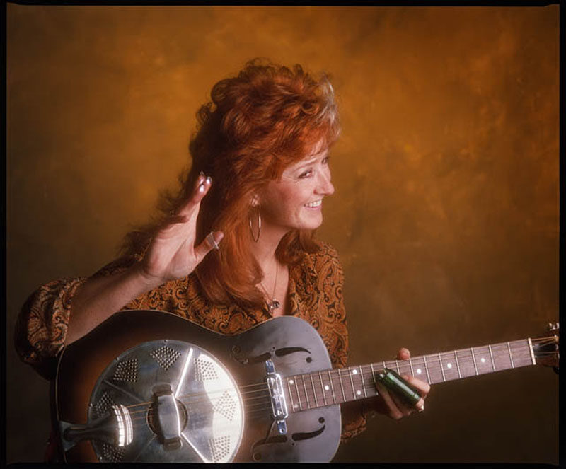 August6-2016-lowres-huZGalleries-BonnieRaitt A 640