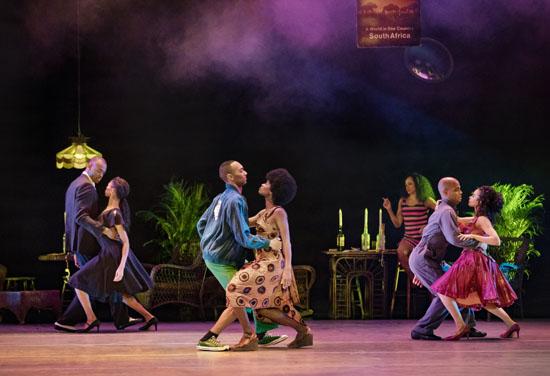 AlvinAiley-AmericanDanceTheater-inAlvin Aileys-MasekelaLangage-PhotobyPaulKolnik