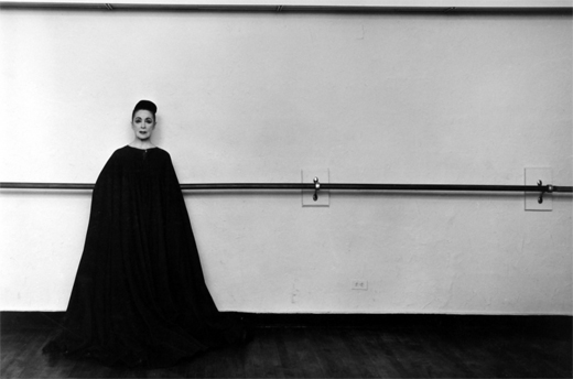 May2-2019-ArnoldNewman-MarthaGraham-NewYorkCity-1961-Silver GelatinPhotograph-PrintMadein-1970s