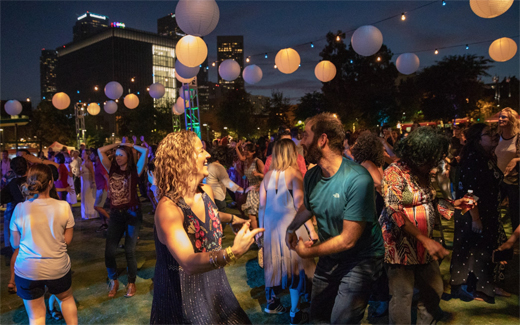 2019-520size-FreeSummerMusic-MusicCenter-Bollywood-atDanceDTLA2018-Photo courtesyofJavierGuillenforGrandPark-TheMusicCenter