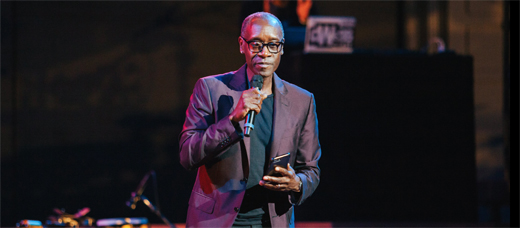 REVIEW-520-Aug11-2019Ford-DonCheadle-Uprising-photobyGenniaCui-JohnAnsonFordTheatres