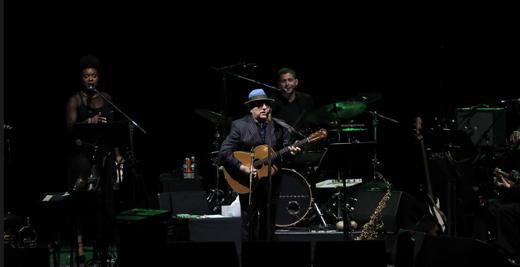Oct2019-520Size-VanMorrison-guitar-photoby-RandallMichelsonPhotography